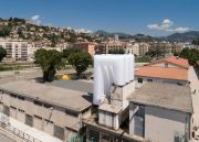 <p>Lang/Baumann, Comfort #17, 2018, polyester fabric, blower, 6 x 6.8 x 9.5 m, installation view, <em>le 109</em>, P&ocirc;le de cultures contemporaines, Nice, France</p>