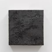 <p>Michel Comte, <em>Erosion</em>, 2018, porcelain, rock salt, rock flour and mineral pigments, 33 x 33 x 10 cm</p>